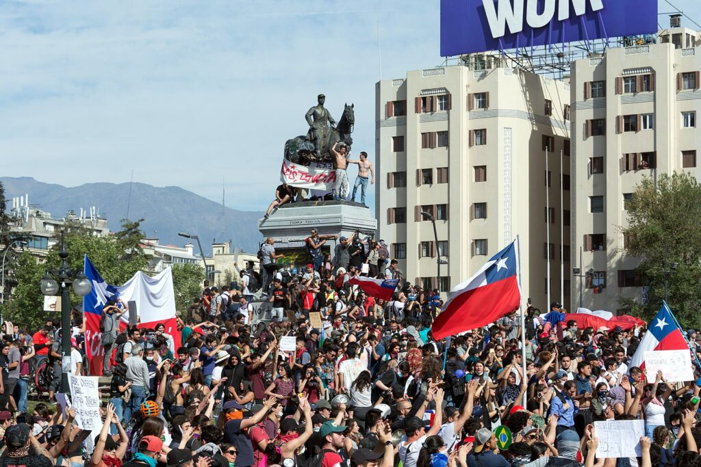 2019 Protests in Chile, Plaza Baquedano, Santiago