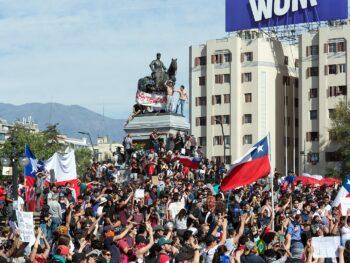 1599px-Protestas_en_Chile_20191022_07